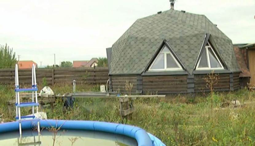 купольна домівка